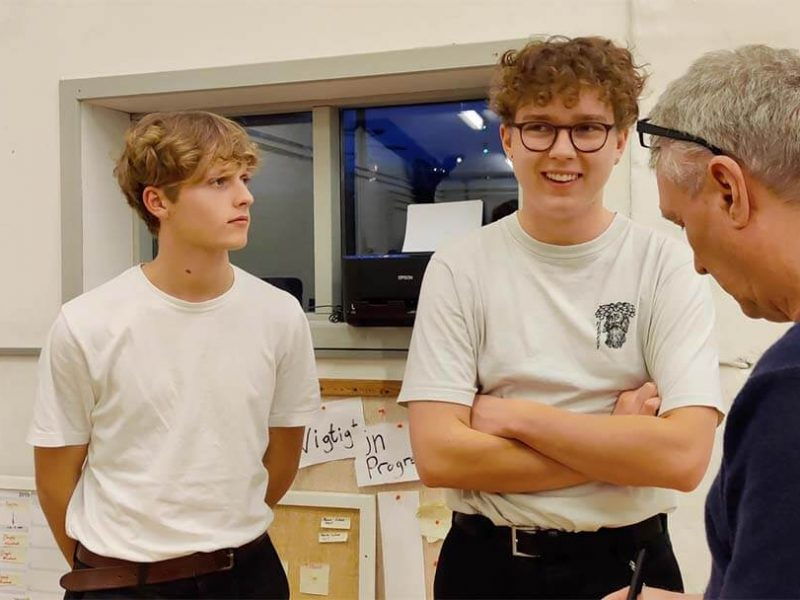 Tais og Jacob fra JET Productions deltog i Løvens Hule forløbet med ZBC og Kørekort i iværksætteri hos Remisen